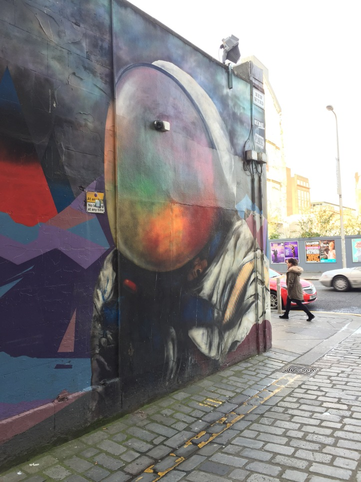 space man recoat ali wylie street art