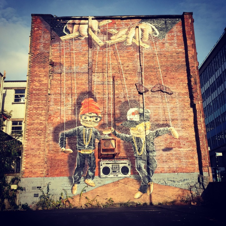 hip hop marionette rogue one street art