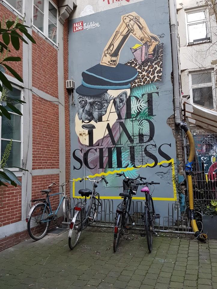 Falkland streetart