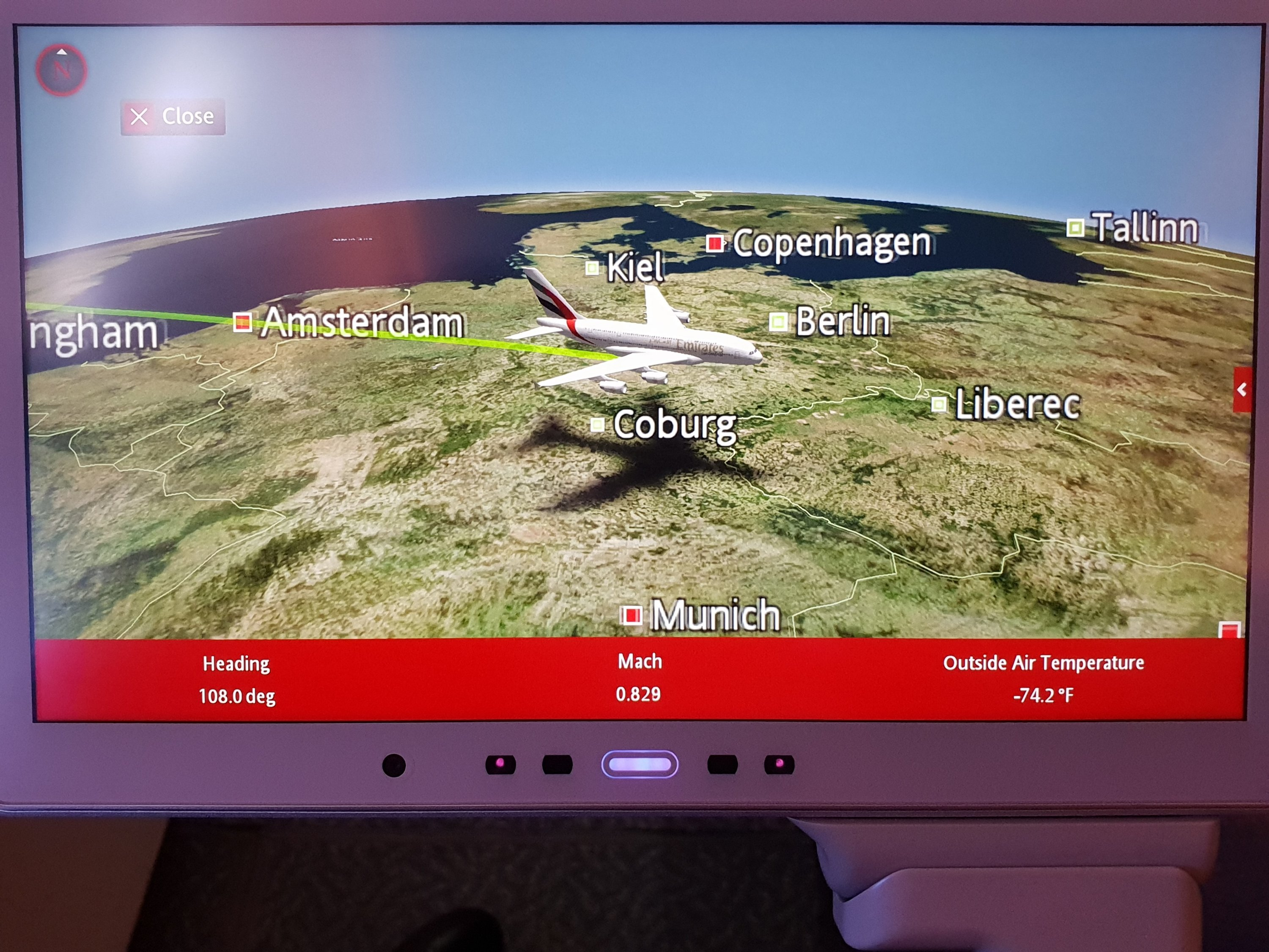 Emirates moving map